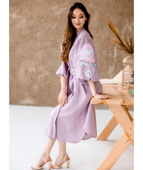 Вышитое платье лен