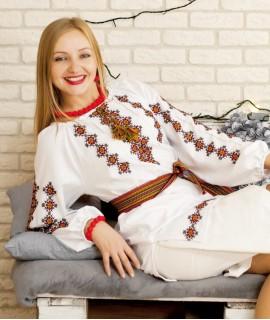 Женская вышиванка  Яринка (ручная вышивка)