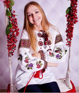 Женская вышиванка   Виноград
