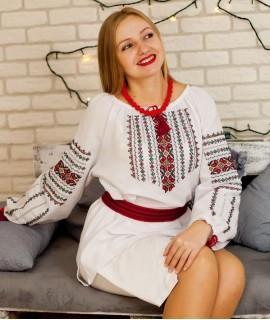 Женская вышиванка  Бархатцы (ручная вышивка)